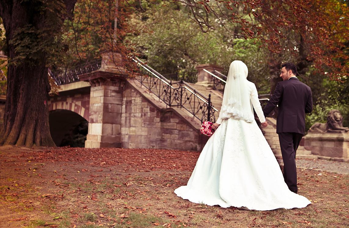 Düğün fotoğraf pozu verme
