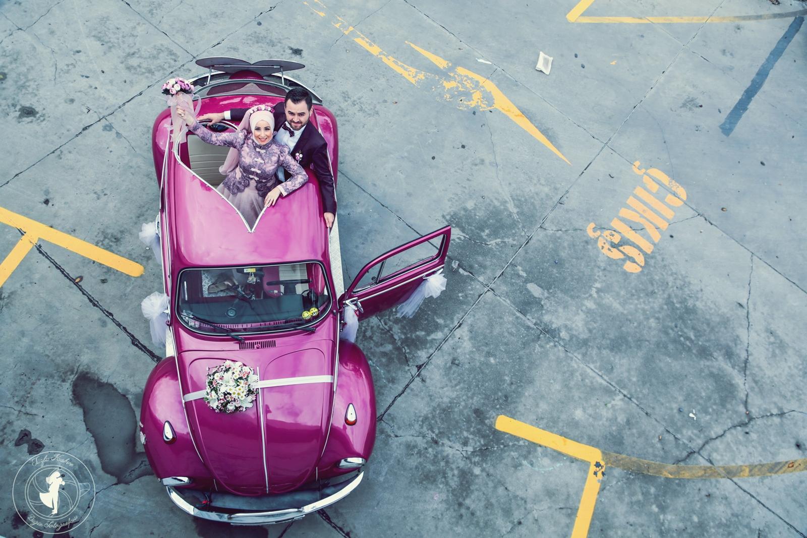 Gelinler için düğün fotoğraf pozu