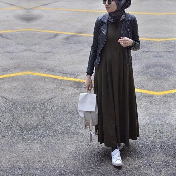 Zayif-gosteren-koyu-elbise