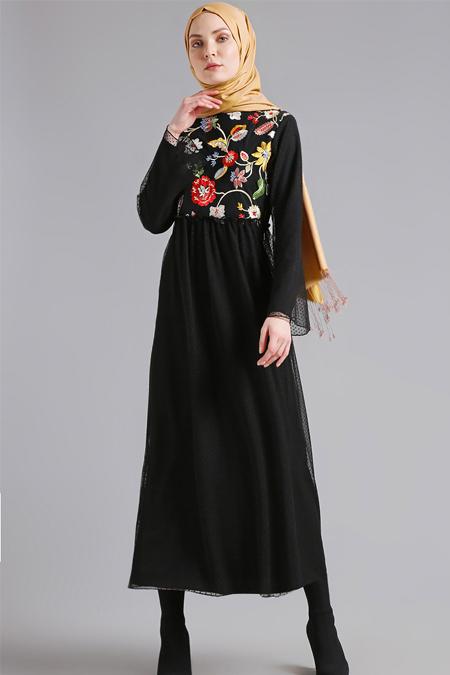 Nakışlı elbise 2018