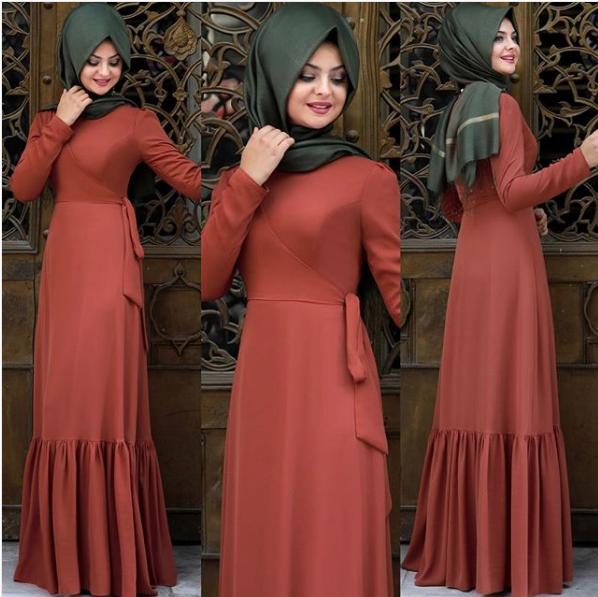 Pınar Şems fırfırlı elbise
