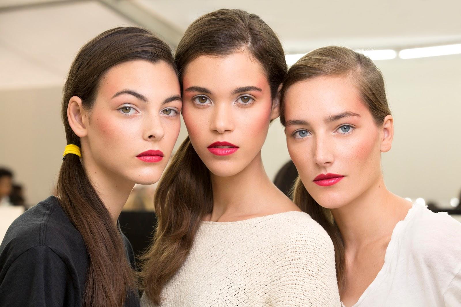 Gözlerinizi Ön Plana Çıkartacak 8 Önemli Makyaj Sırrı