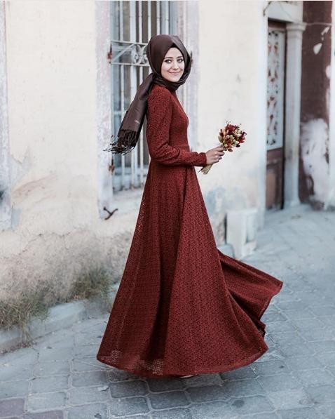 Dantelli Tesettür Söz elbisesi