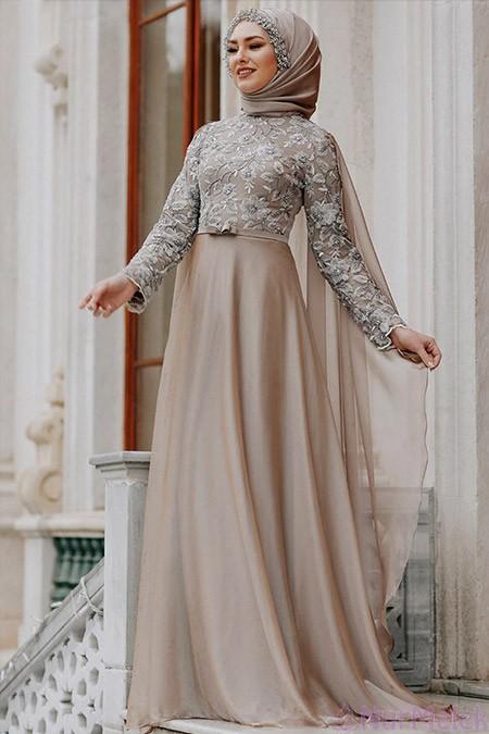 Pelerinli tesettür nikah elbisesi