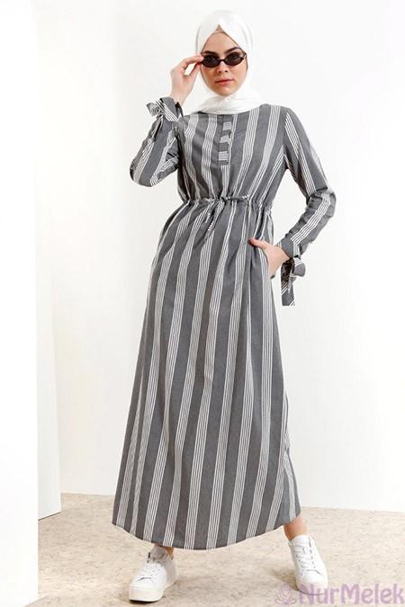 01ac3d88b2f1e Genç yazlık çizgili tesettür elbise