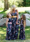 çiçek desenli abla kardeş elbise kombini
